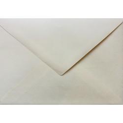 Koperty ozdobne w trójkąt C6 115g 10szt wanilia